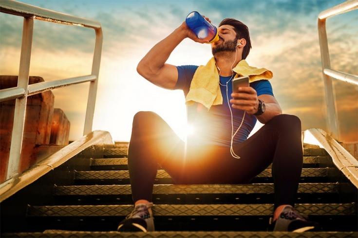 Как питаются профессиональные триатлеты: перед, во время и после гонки